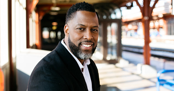 Derrick D. Reed, author of Mind Set Go