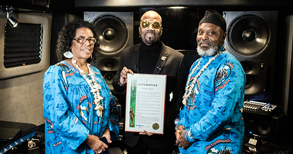 Teddy Riley receives Mother of Humanity Monument Foundation Ambassador Proclamation