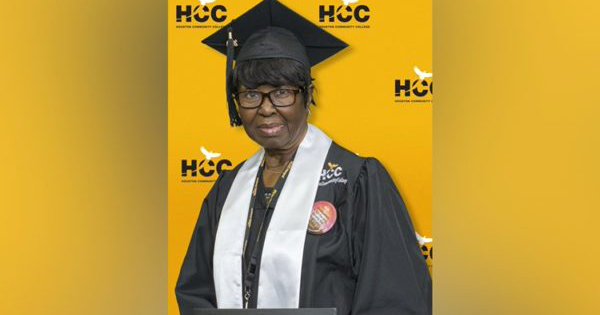 Beatrice Lillie, 80-year old grandmother who just graduated college